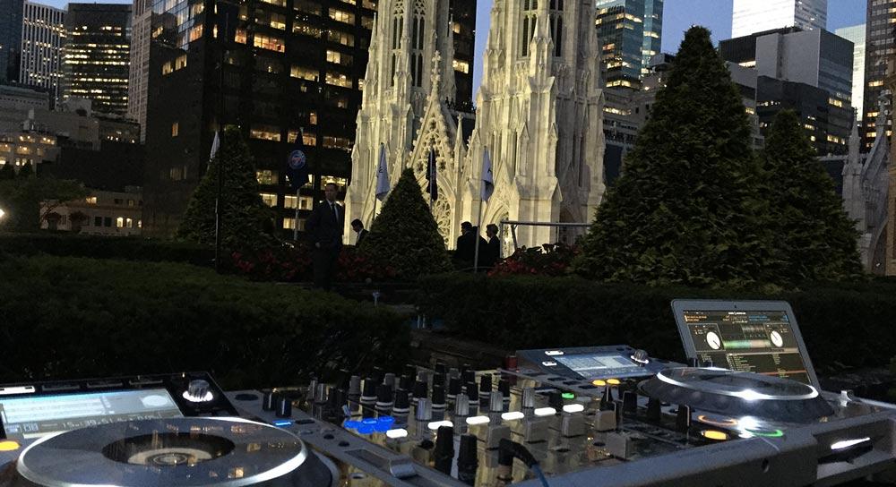 2 Rockefeller Center